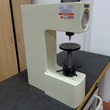 LABORMACHINE HR150A